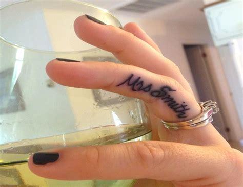 small tattoo ideas  girls fingers