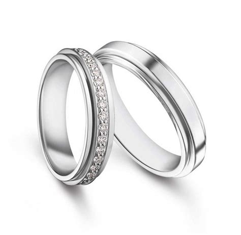 connecting wedding rings