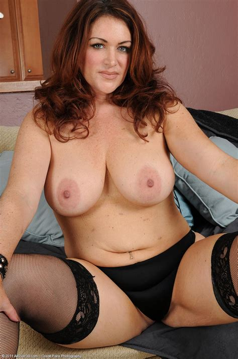 Busty Redhead Milf Ryan In Stockings