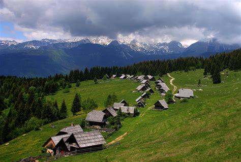 mountain village  awesome mountain image