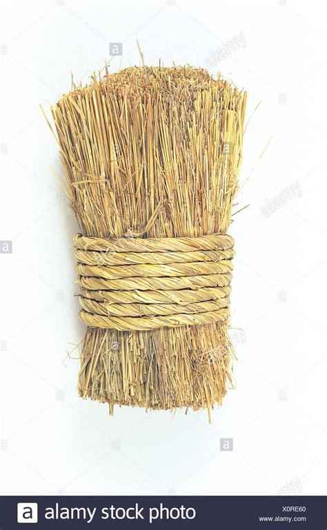 Bundle of straw Stock Photo: 275881928 - Alamy