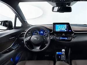 Leasing Toyota Chr : toyota c hr 1 8 hybrid icon cvt car leasing nationwide vehicle contracts ~ Medecine-chirurgie-esthetiques.com Avis de Voitures