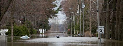 Le äste Design by Inondations Au Canada Des Milliers De Personnes 233 Vacu 233 Es