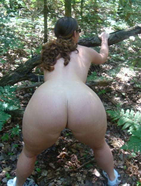 big butt outdoor in the woods motherless