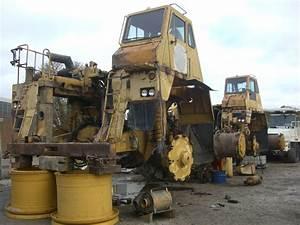 Dismantling_CAT_777B_Dumper_trucks