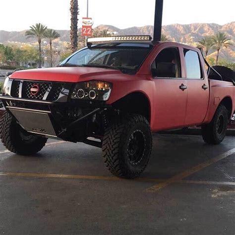 nissan titan prerunner perfect base   desert truck