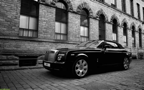 Awesome Rolls Royce Phantom Wallpaper