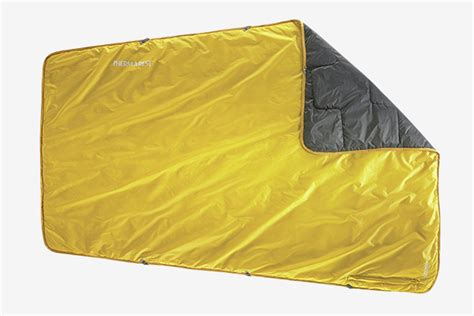 camping blankets blanket proton therm rest hiconsumption covered