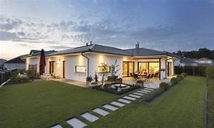 Luxus Bungalow Bauen : hausdetailansicht bungalow pinterest grundrisse ~ Lizthompson.info Haus und Dekorationen