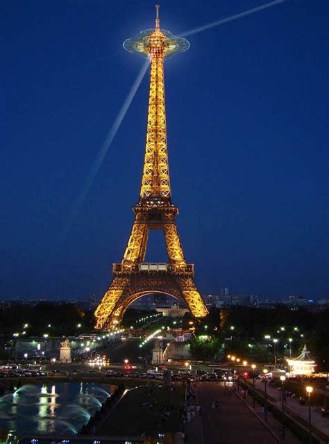 eiffel tower platform extension  paris landmark