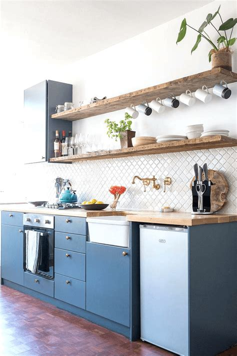 spots  put floating shelves   small kitchen small