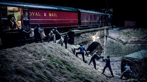 robbery train 1963 biggest bank robbers ever police robberies bbc film reynolds bruce jack investigated metropolitan detective greatest human crossing