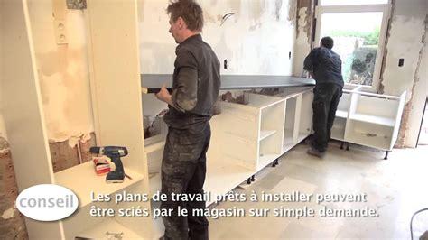 comment monter sa cuisine installer une cuisine et un plan de travail vidéo