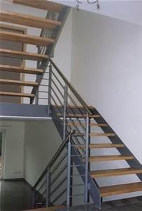 Stahltreppe Mit Holzstufen : metalltreppen ~ Orissabook.com Haus und Dekorationen