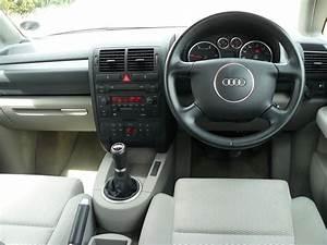 Audi A2 Interieur : audi a2 hatchback review 2000 2005 parkers ~ Medecine-chirurgie-esthetiques.com Avis de Voitures
