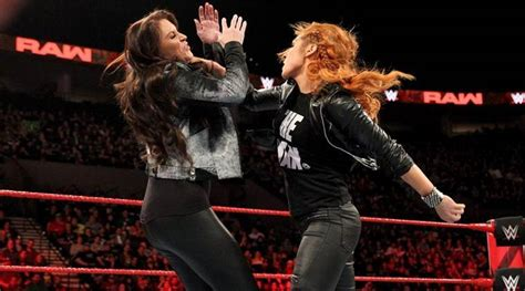 wwe raw results suspended becky lynch attacks stephanie