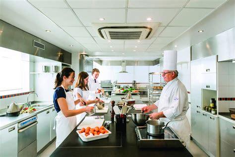 cours de cuisine à offrir trouver un bon cours de cuisine toutpourlesfemmes