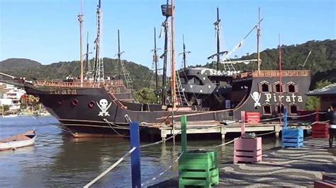 Barco Pirata Balneario Camboriu Fotos by Barco Pirata De Balne 193 Rio Cambori 218 Sc Brasil Youtube