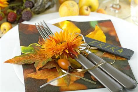 spruce   festive fall table  fancy napkin decor