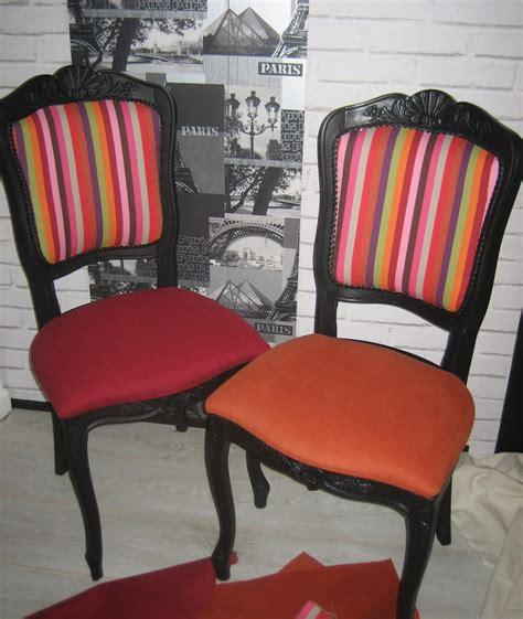 chaises colorées les chaises avant et après