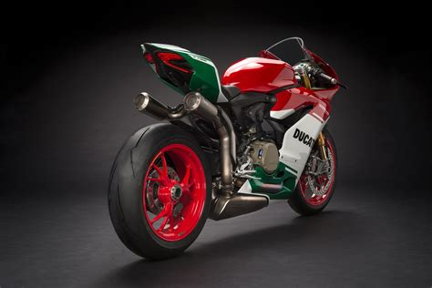 2018 Ducati 1299 Panigale R Final Edition Review