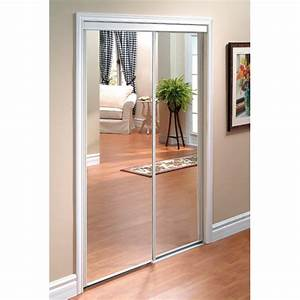 Porte Coulissante Miroir : fabriquer un miroir plein pied avec de vieilles portes ~ Carolinahurricanesstore.com Idées de Décoration