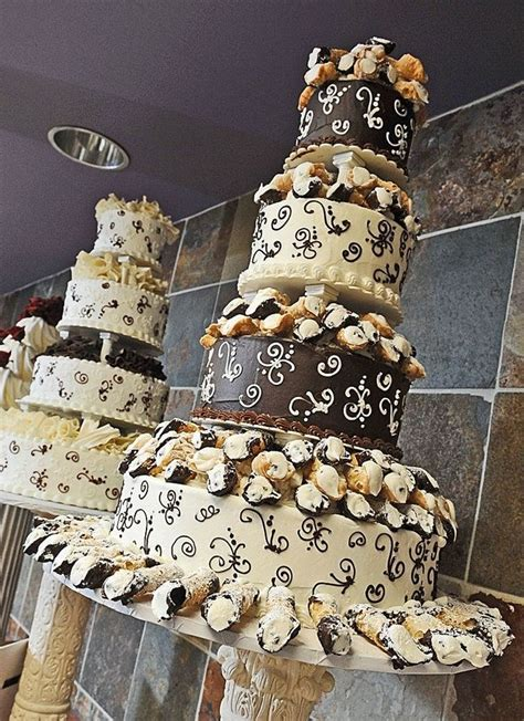 cannoli wedding cake wedding pinterest wedding