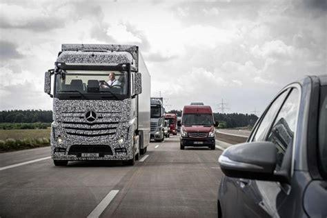 メルセデス ベンツ 自律走行トラック future truck 2025 を公開 アウトバーン約5kmをテスト走行