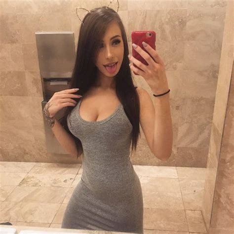 Here Come The Hot Babes In Tight Dresses 60 Pics