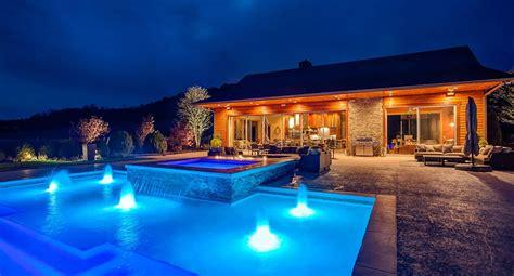 custom outdoor kitchens poolside living spaces  peek