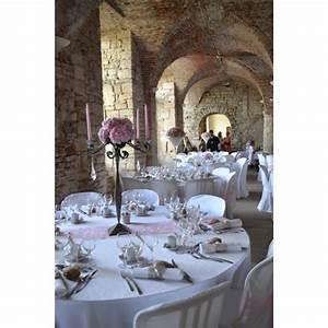 Nappe Blanche Tissu : nappe blanche tissus pour habiller vos tables de f te ~ Teatrodelosmanantiales.com Idées de Décoration
