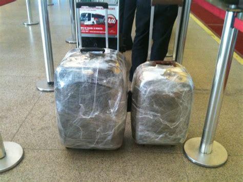 como proteger sua bagagem de roubos  furtos nos