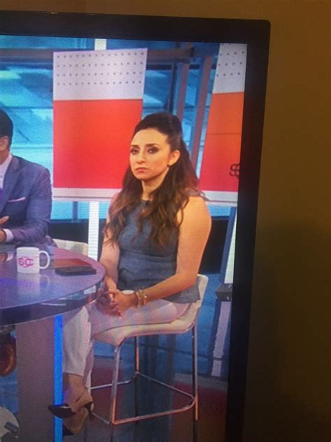 briscoe lovely espn sportscenter reporter page 2 fatcelebs curvage