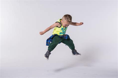 9 Movement Activities for Preschoolers You Can Do at Home - UDA Preschool Blog