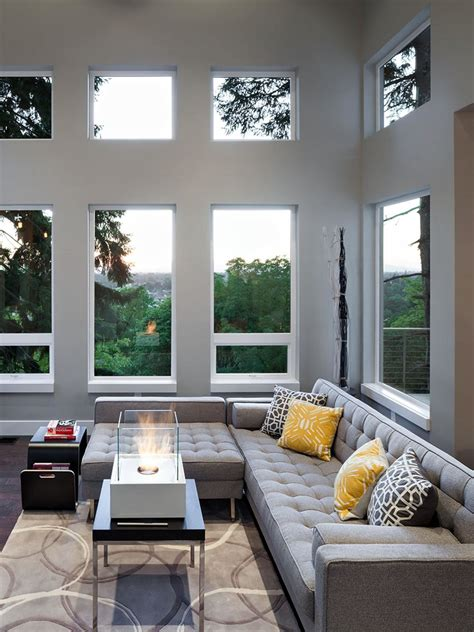 Hgtv Living Room Decorating With Sectionals  Modern Home