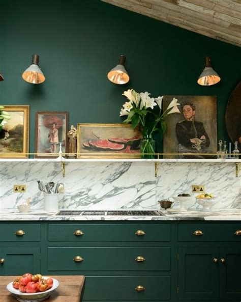 peinture facade cuisine meuble cuisine vert pomme cagette bois intgr au meuble de