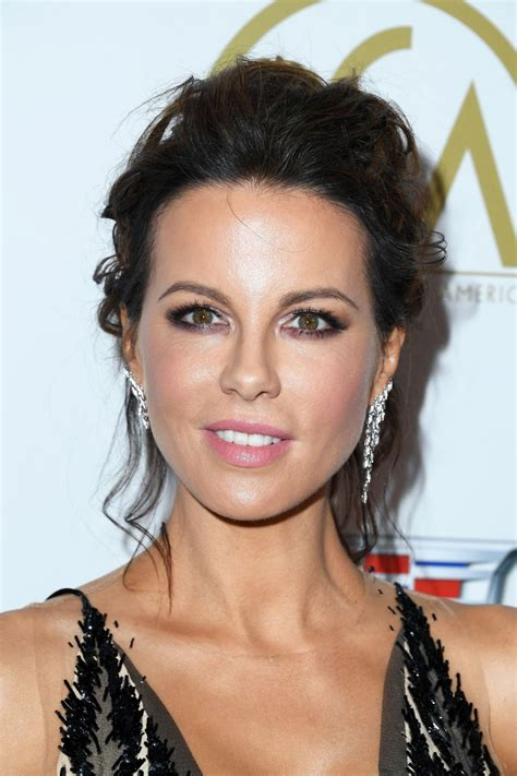 kate beckinsale  producers guild awards