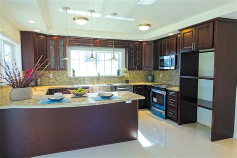 hawaii s finest in stock cabinets honolulu hi a company with the golden 39 touch in cabinetry golden