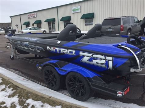 Nitro Bass Ski Boat by Nitro Z21 Boat Wrap Ultimateboatwraps Nitroboatwraps