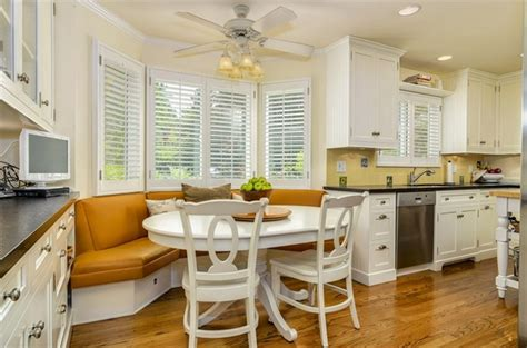 Decorating Ideas For Kitchen Breakfast Area by Bay Window The Beautiful And Fascinating World Of