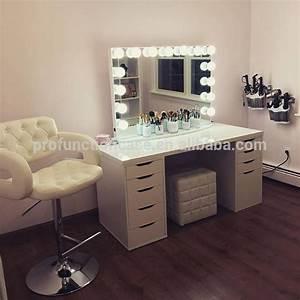 Miroir Coiffeuse Lumineux : maison chambre meubles de luxe clairage maquillage miroir pour coiffeuse avec des lumi res led ~ Teatrodelosmanantiales.com Idées de Décoration