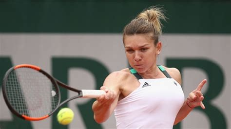 World No.1 Simona Halep suffers herniated disk, participation in WTA Finals in doubt - Sports News