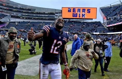 Robinson deletes Bears from social media, incites speculation