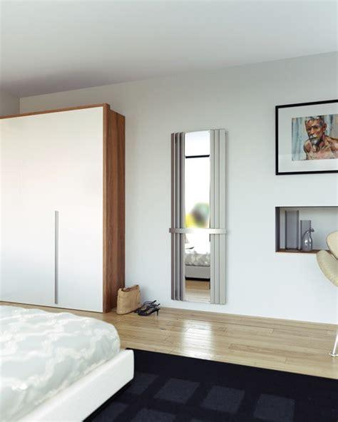 badkamer radiator spiegel een mooie radiator met spiegel in roestvrij staal