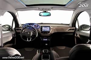 Interieur Peugeot 2008 Allure : habitacle peugeot 2008 allure 017 photos peugeot 208 2008 f line 208 ~ Medecine-chirurgie-esthetiques.com Avis de Voitures