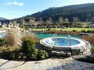 Garten mit whirlpool siddhimindinfo for Whirlpool garten mit sanierung von balkonen