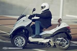 Permis Scooter 500 : essai piaggio mp3 500 lt touring business ~ Medecine-chirurgie-esthetiques.com Avis de Voitures