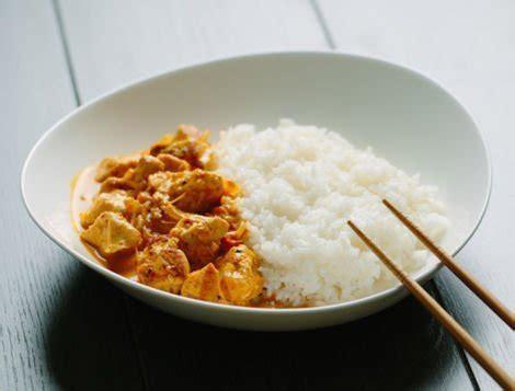 cuisiner filet de poulet filet de poulet au curry recette internaute maître coq