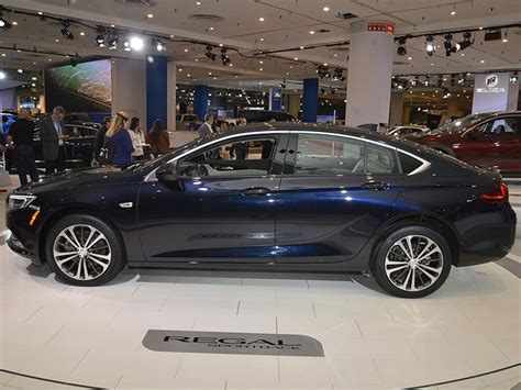 Must See Luxury Cars & Sedans At The 2017 New York Auto