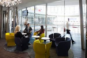 Sydney Office Lounge Bloomberg LP Office Photo